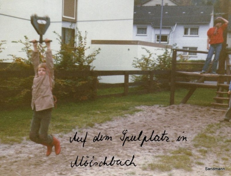 Der Spielplatz in Mölschbach 1978