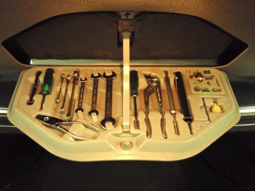 Werkzeug für den selbstschraubenden Fahrer