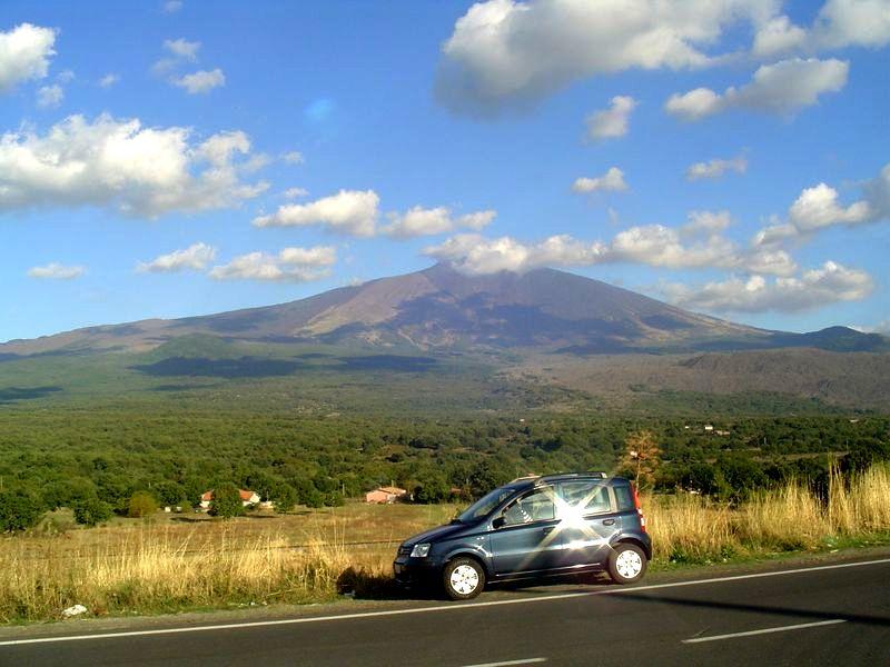 Ein Vulkan aus dem Bilderbuch