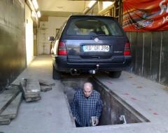 Mein Opa unter der Erde ;-)