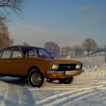 Winterauto, widersinnig aber golden.