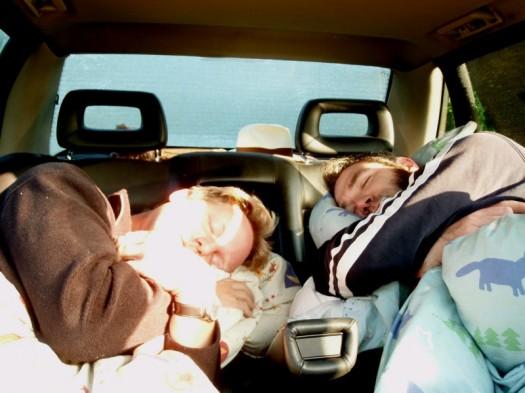 Männer im Schlaf
