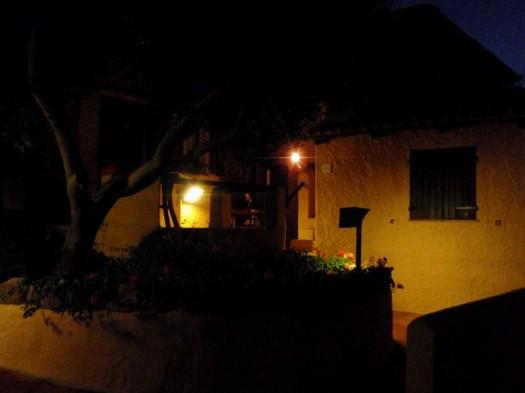 Casa bei Nacht
