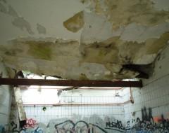 Eingestürztes Dach