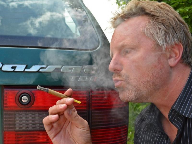 Rauchen für das rote I