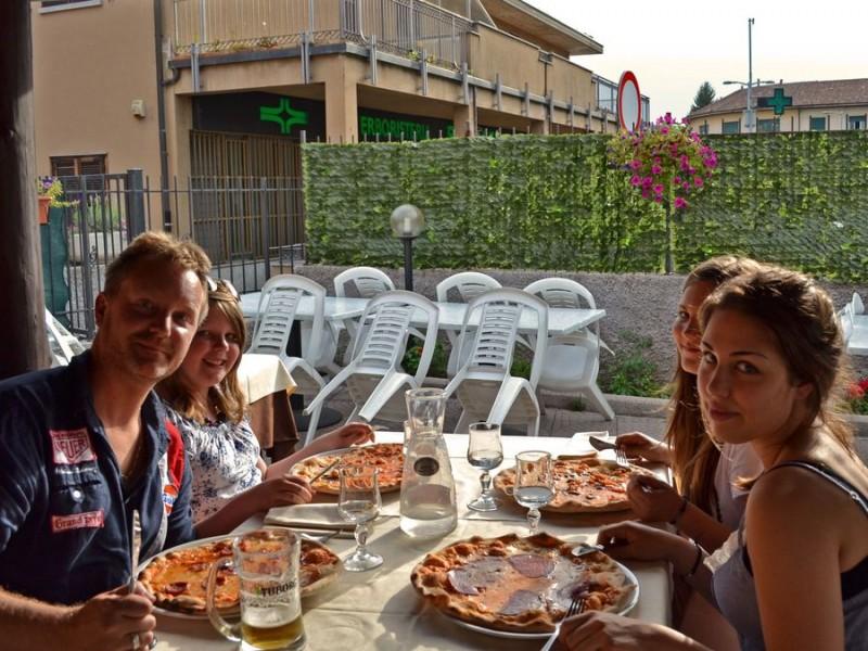 Pizza...... noch nicht in Nizza.
