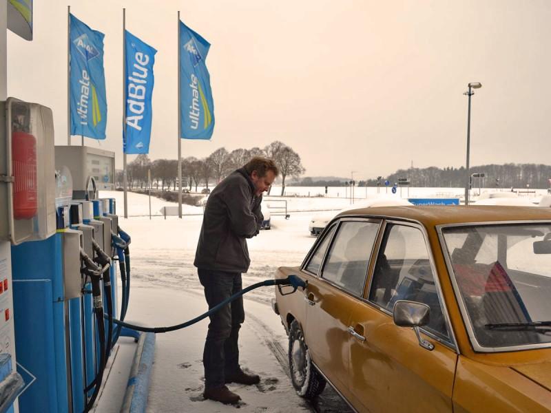 Benzin braucht er dann leider doch mal ab und an.