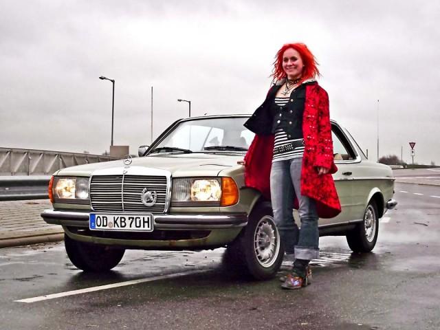 Adele und der Daimler
