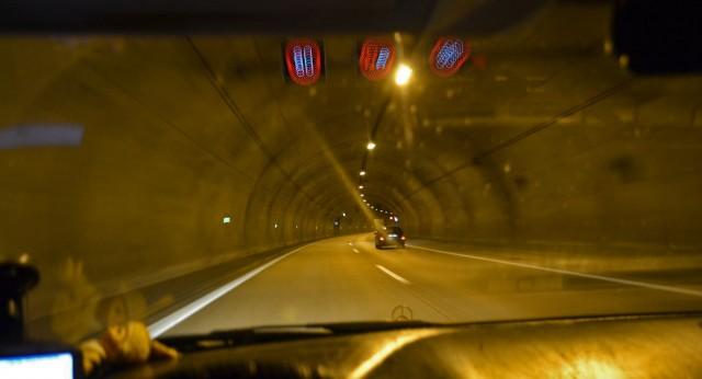 Wo Tunnel, da auch Berge