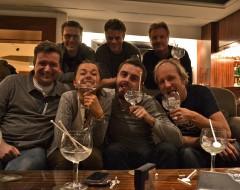 Matthias, Thorsten, Hanna, Andreas, Kai, ich, Helge und Gin. WO ist Tim?