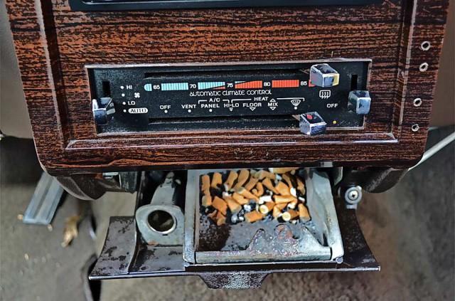 Rockig. Im Auto rauchen ist geil.