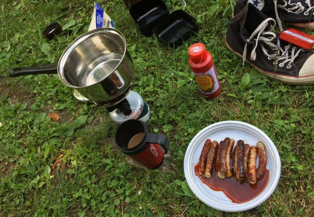 Männerfrühstück. Guten Appetit.